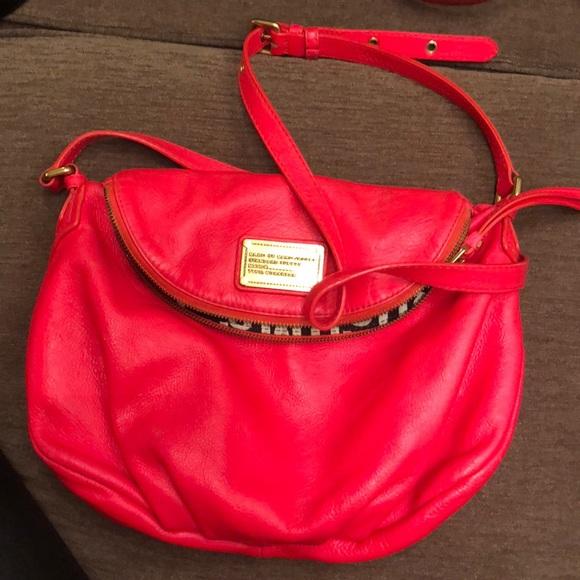 ee107b7d5a27 Marc Jacobs Neon Pink Hobo Style purse. M 5cc405d12e7c2f890547fd72